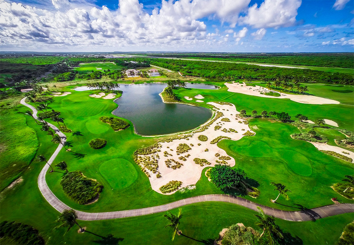 INTERNATIONAL GOLF EXPERIENCE DELUXE PACKAGE, THE WESTIN PUNTACANA RESORT & CLUB